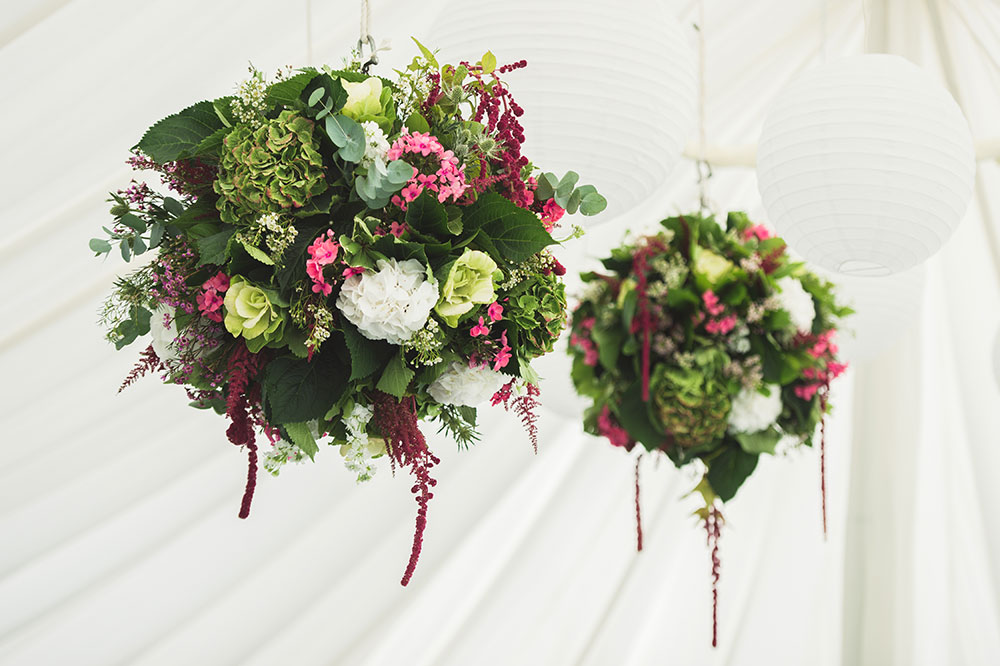 hanging wedding flowers for reception