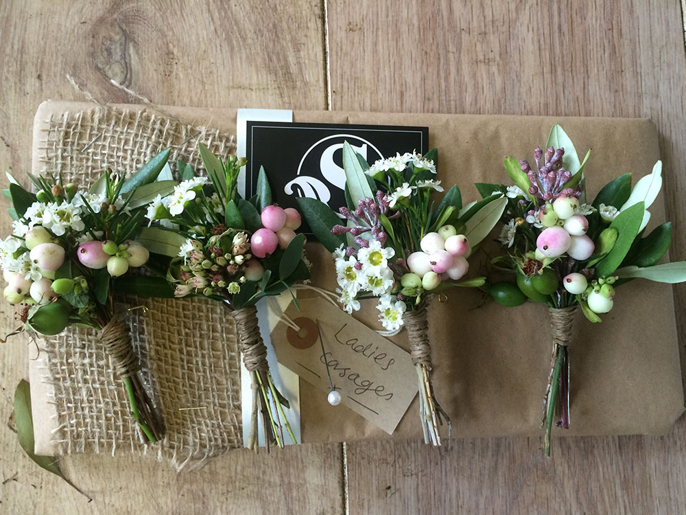 Laies Corsages
